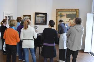Yleisöä Gallen-Kallelan Museossa. Kuva: Gallen-Kallelan Museo