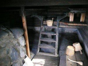 Tarvaspään savusauna sisältä. Kuva: Gallen-Kallelan Museo