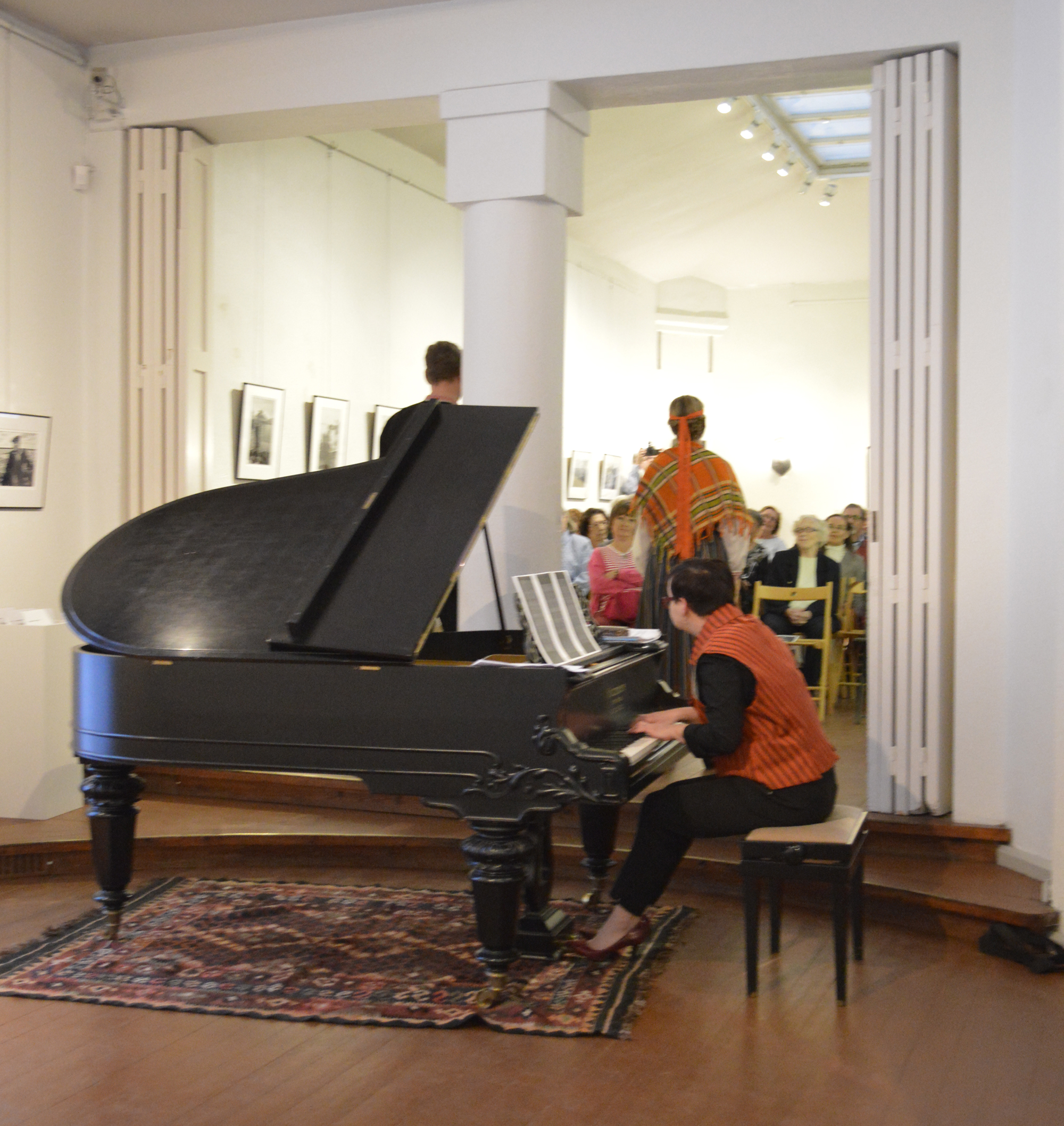 Pianisti Matilda Kärkkäinen 25.9.2016 lied-illassa.
